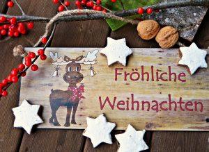 Wir wünschen dir und deiner Familie ein fröhliches Weihnachtsfest.